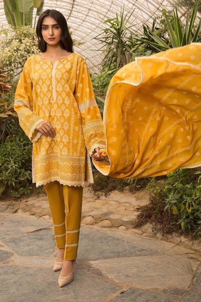 Warda lawn yellow printed shirt Lakhnavi chilan