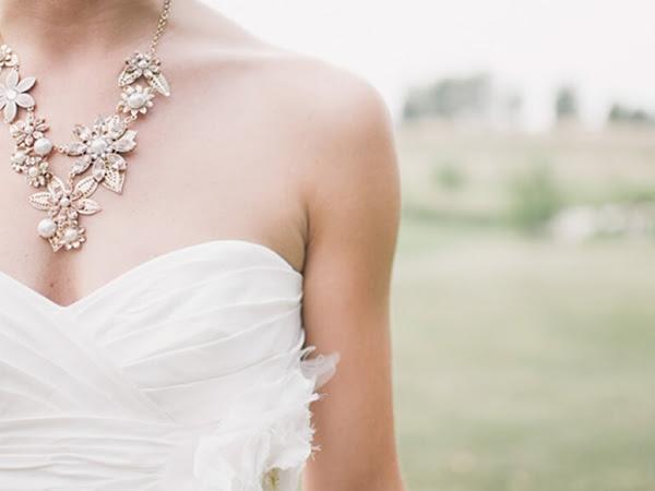 Dicas para combinar joias e roupas brancas