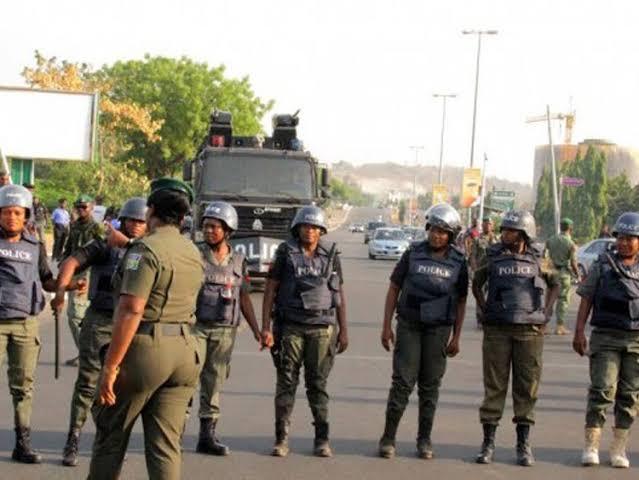 Kaduna Police arrest 165 for violation of sit at home order