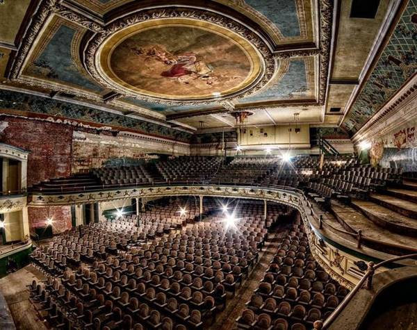 Orpheum Theater in New Bedford, Massachusetts, USA