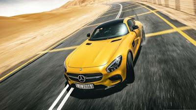 سيارة مرسيدس صفراء رائعة