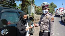 Polres Polman laksanakan Penyekatan PPKM Level 3 di Perbatasan Sulbar – Sulsel, Masuk Polman Wajib Bawa Surat Tes Swab Antigen