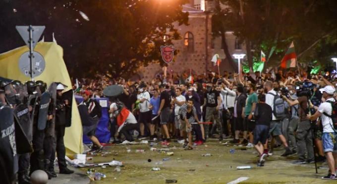 """Очаква се голяма вълна от народ на протеста на 10.09, ще се повтори ли """"кървавата сряда"""""""