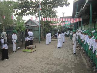 Paskibra Angkatan I Madrasah Ibtidaiyah Al Raudlah