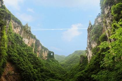 สะพานกระจกจางเจียเจี้ย (Zhangjiajie Glass Bridge) @ www.inhabitat.com