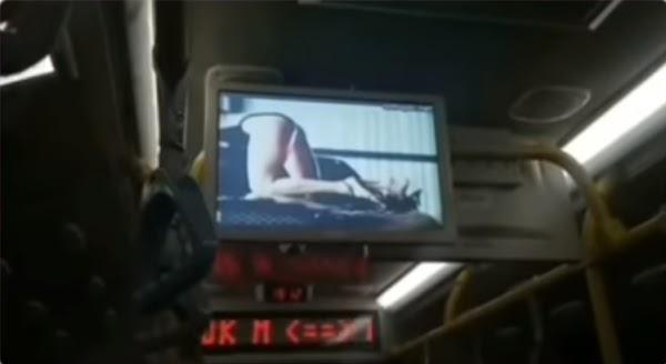 Iklan Tak Senonoh di TransJakarta Ternyata Bawaan Bus Zhongtong Buatan China