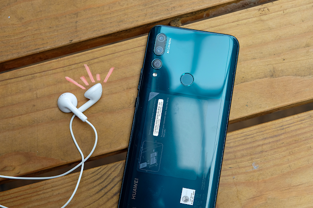 Patty Villegas - The Lifestyle Wanderer - Huawei - Y9 - Prime - 2019 - Review - Earphones