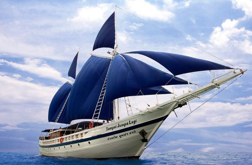 Pembuatan dan Kayu untuk Kapal Tipe Layar yang Melegenda Nyata Pinisi dari Sulawesi Selatan, Kapal yang hanya bisa taklukan Tupanrita Lopi