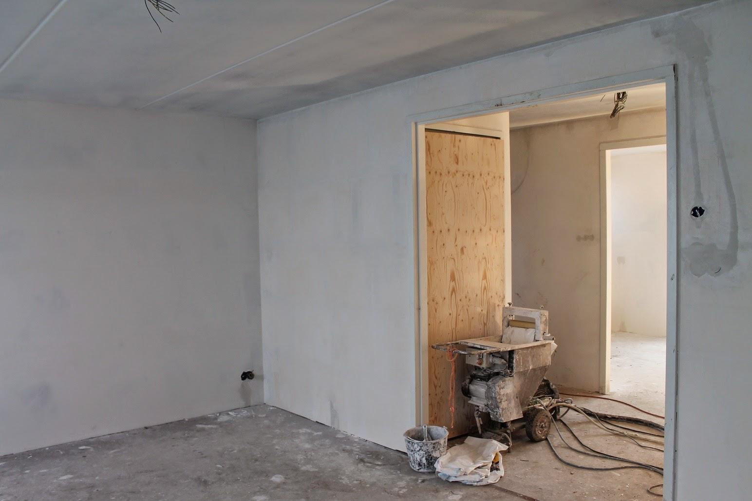 Helen Marc  Olivia bouwen een huis Luifel  stucwerk