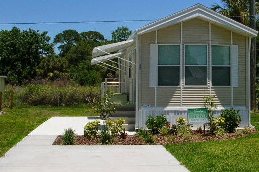 What is a park model mobile home?