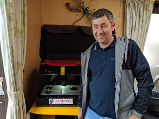 New entrepeneur invests in DE30 engraver to start his business.