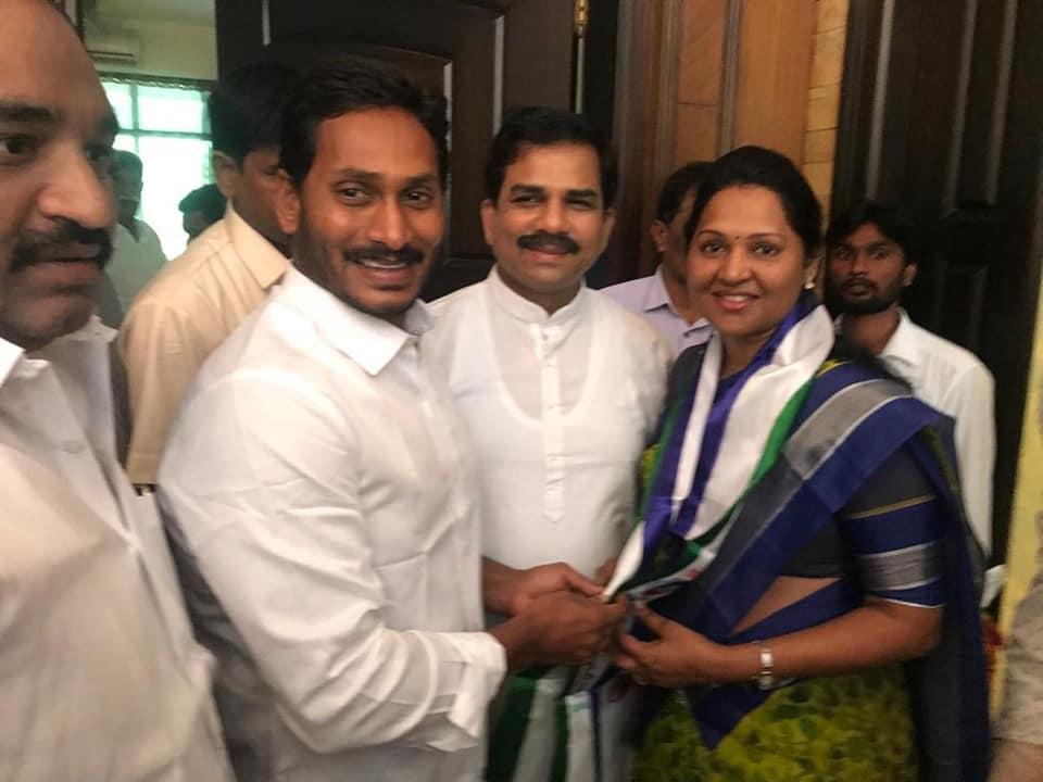 Nov-16-2018: Joined in YSR Congress Party