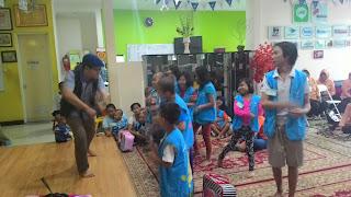 Mendongeng Berbagi Ceria Untuk Anak2 Yayasan Kasih Anak Kanker Indonesia