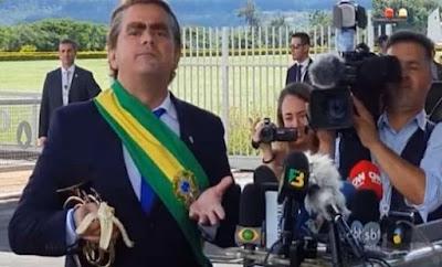 Humorista Carioca visita Bolsonaro
