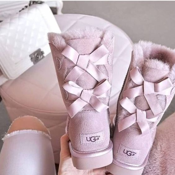 Trending: Ugg Bailey Bow Boots