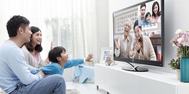 अब पूरे परिवार के साथ TV पर वीडियो कॉलिंग कीजिए | Details about Facebook Portal TV