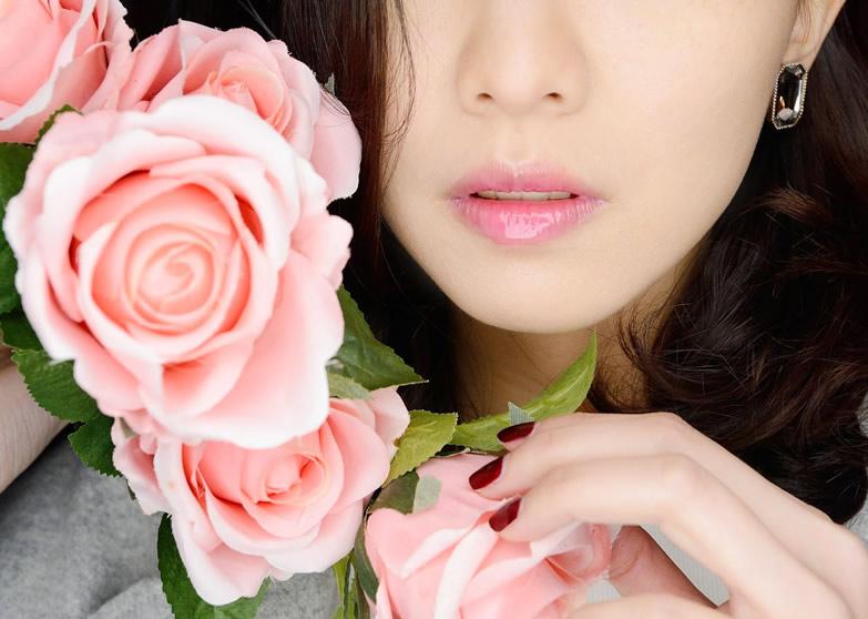 想要擁有人人稱羨水嫩雙唇,快點戒掉這些壞習慣!