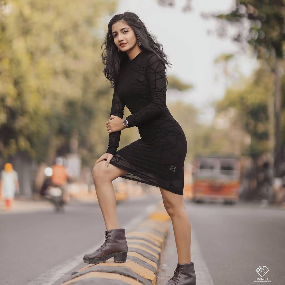 Neha Pathan 14