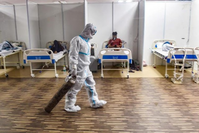 દિલ્હીની સર ગંગારામ હોસ્પિટલમાં 25 ગંભીર રીતે બીમાર દર્દીઓનું મોત નીપજ્યું, ઓક્સિજનનો અભાવ કારણ હોવાનું જણાવાયું છે