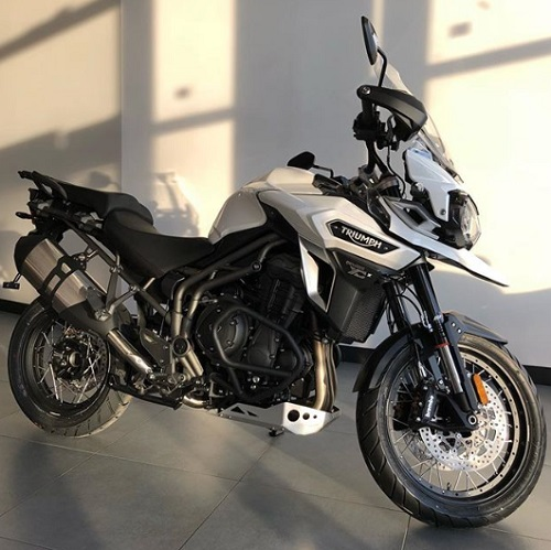 Triumph Tiger 800 XR Design review spec