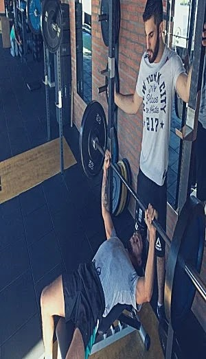 Best Exercises For Chest, barbell bench press