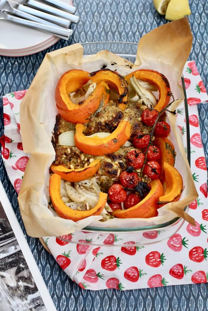 One-Pot-Lachs mit geröstetem Gemüse