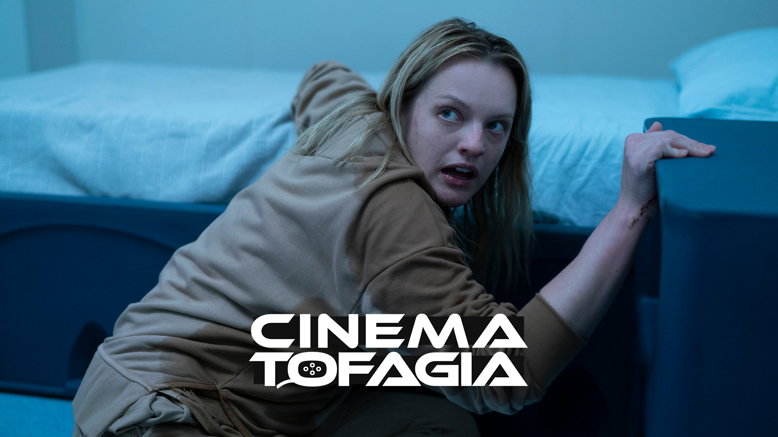 Com um ótimo começo, o filme vai perdendo a solidez quanto mais explicada fica a trama