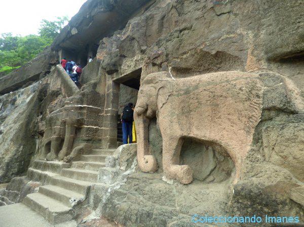 Elefantes en Ajanta