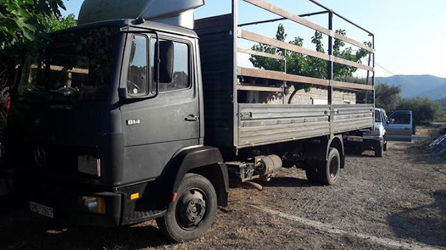 Πωλείται φορτηγό Mercedes 814