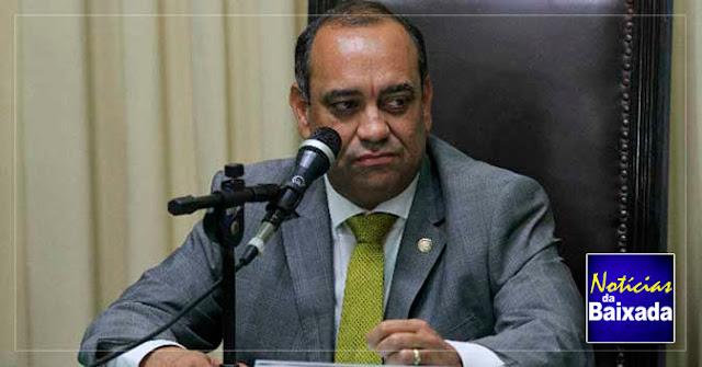 Deputado Max Lemos leva pior em briga judicial com o MDB