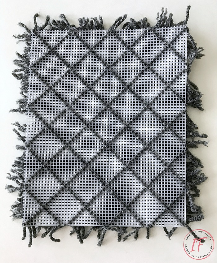 Dollhouse Diamond Shag Rug Grid