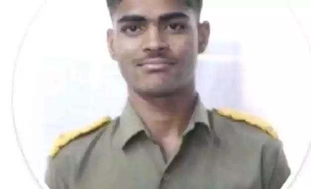 15 year old Cadet Amit Raj of Sainik School. Purulia.