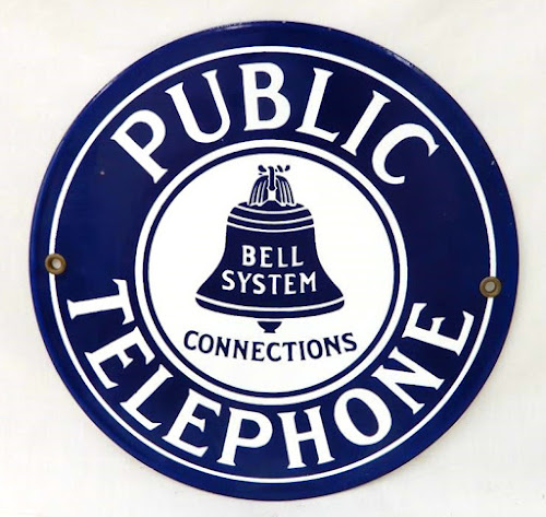 Bidding at online auction -- phone sign