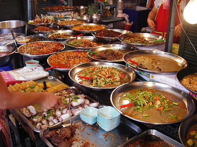 Kết quả hình ảnh cho ẩm thực hè phố của Thái lan