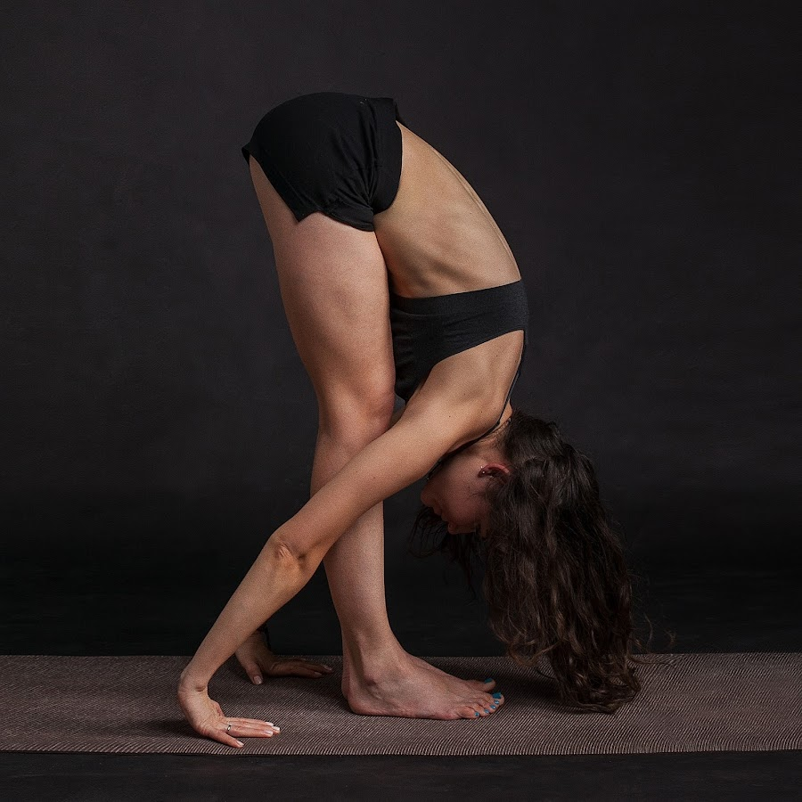 Yoga: beneficios de la pinza de pie o uttanasana