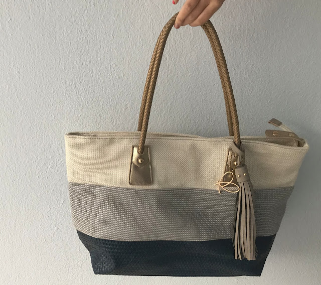 Cream and blue beach bag