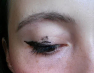 tag Catastrophes make-up liner