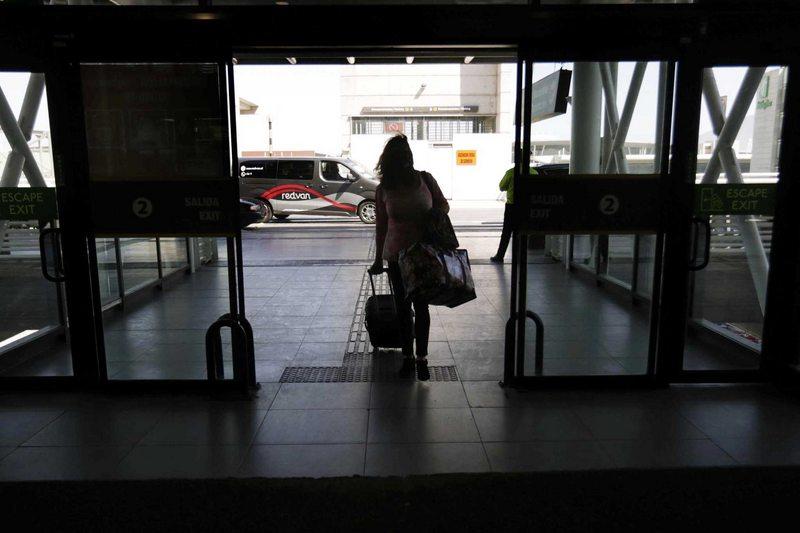 Así llegó a Chile, desde Londres, la nueva variante del SARS-Cov2
