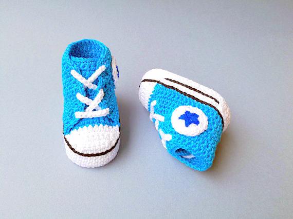baby booties converse sneakers Crochet pattern