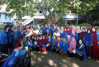 Mahasiswa Jurusan Kesehatan Lingkungan Berkunjung ke Pulau Sabutung
