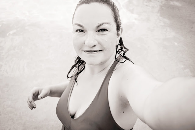 Staying at the Derby Hotel, Barcelona, having a swimming time in the luxury pool, mandy charlton, photographer, writer, blogger