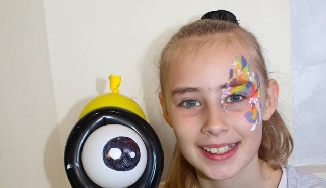 How to Choose Awesome Professionals for Face Painting and Balloon Twisting