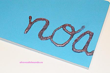 decorar-cuadernos-chulos-silicona
