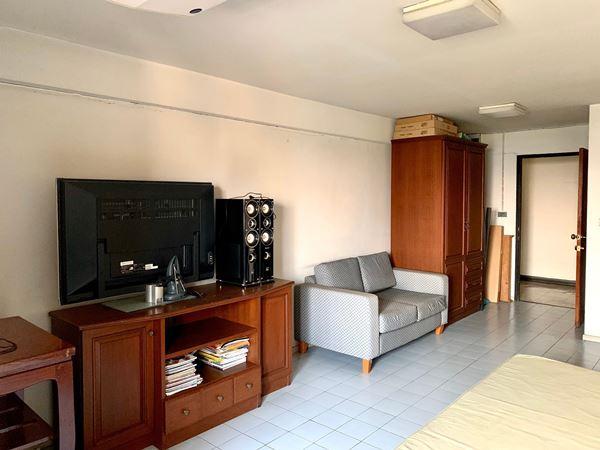 ขายคอนโด ลิฟวิ่งเพลส Living Place ซอย ศูนย์วิจัย 14 ใกล้ทองหล่อ เพชรบุรี RCA ห้องมุมส่วนตัว