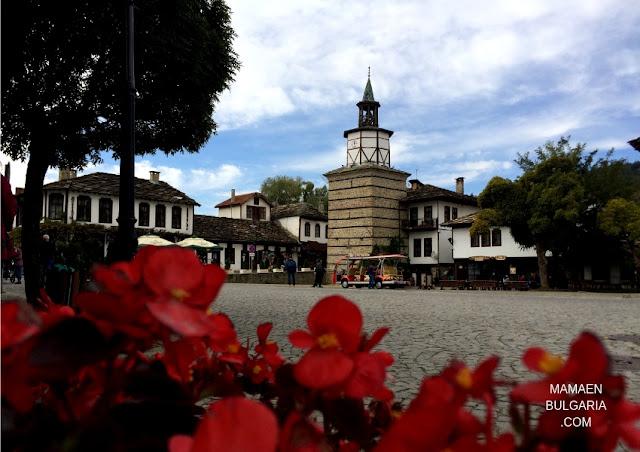 La torre del reloj Tryavna Bulgaria