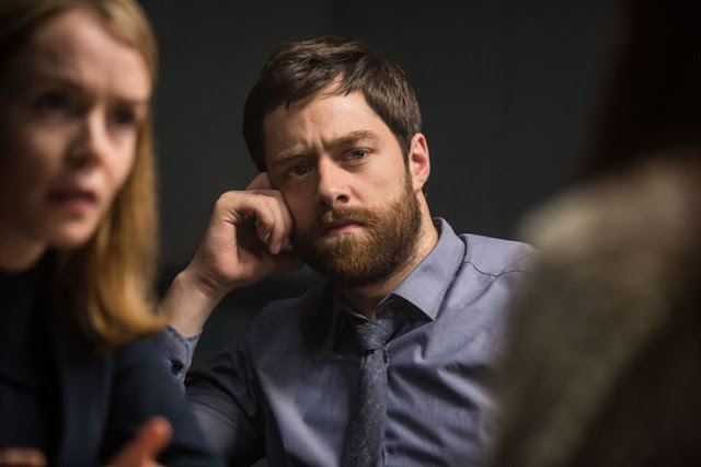 Richard Rankin en la serie Thirteen