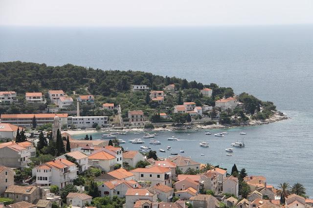 Hvar saari Kroatia meri satama ranta