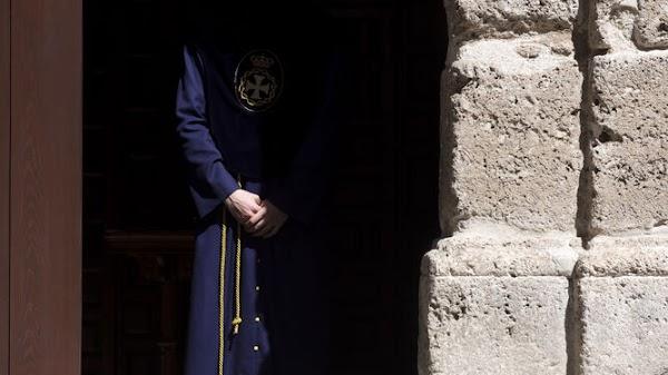 Agenda con horario del Martes Santo en Granada 2021