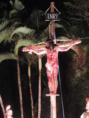 Em sua 24ª edição, encenação da Via Sacra continua encantando o público