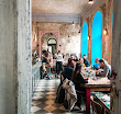 Gdzie zjeść śniadanie w Pradze – 5 sprawdzonych miejscówek